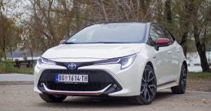 Garaža test – Toyota Corolla Hatchback 1.8 HSD Sport