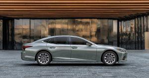 Novi Lexus LS