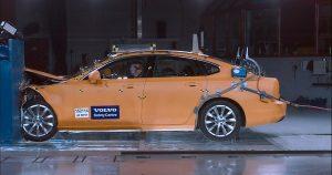 Dve decenije u službi spašavanja života: Centar za bezbednost Volvo Cars obeležava 20 godina postojanja