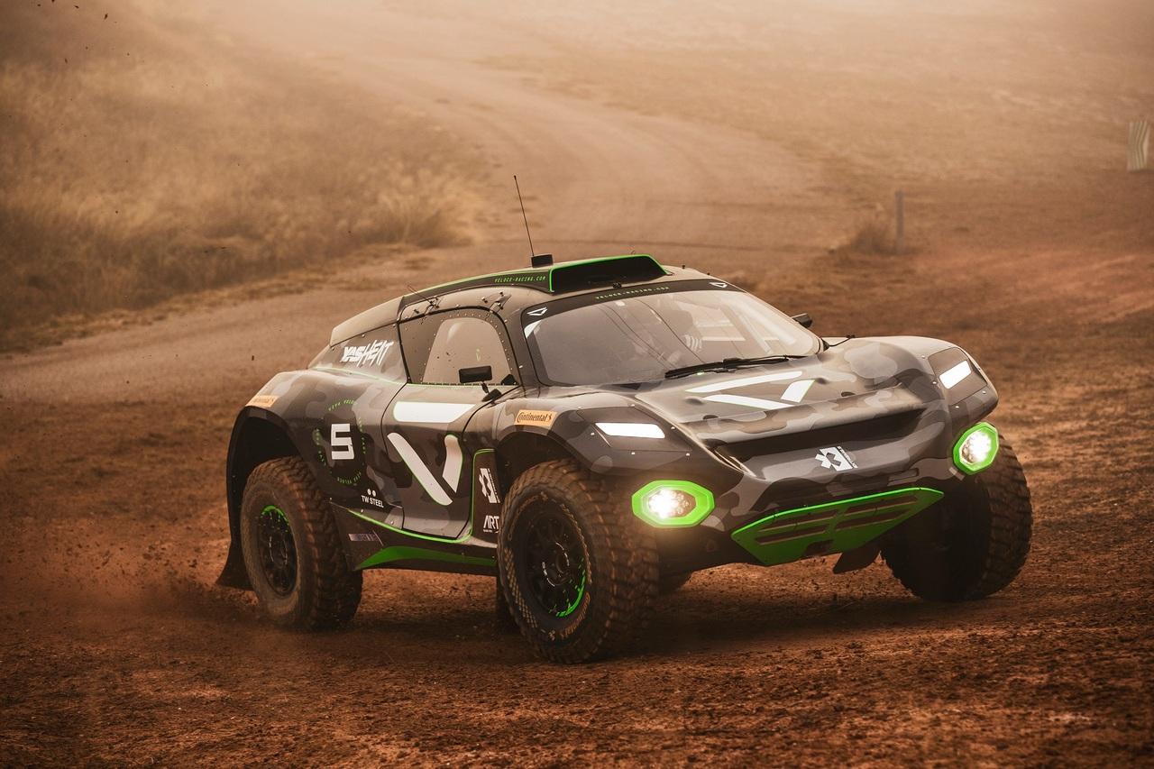 |Photographer: Jordi Rierola|Event: Preseason Testing|Circuit: MotorLand Aragon|Location: Alcaniz|Series: Extreme E|Country: Spain|Season: 2020|Keyword: 2020|Team: Veloce Racing|Car: Spark ODYSSEY 21|Driver: Jamie Chadwick|Driver: Stephane Sarrazin|