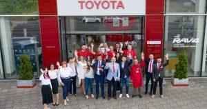 """Toyota nagradila Raavex Group iz Niša kao """"broj jedan"""" u Srbiji za 2021. godinu"""