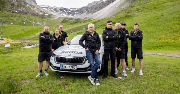 Ovo je svakodnevni posao ŠKODA mobilnog servisnog tima koji brine o automobilima organizatora Tour de France takmičenja