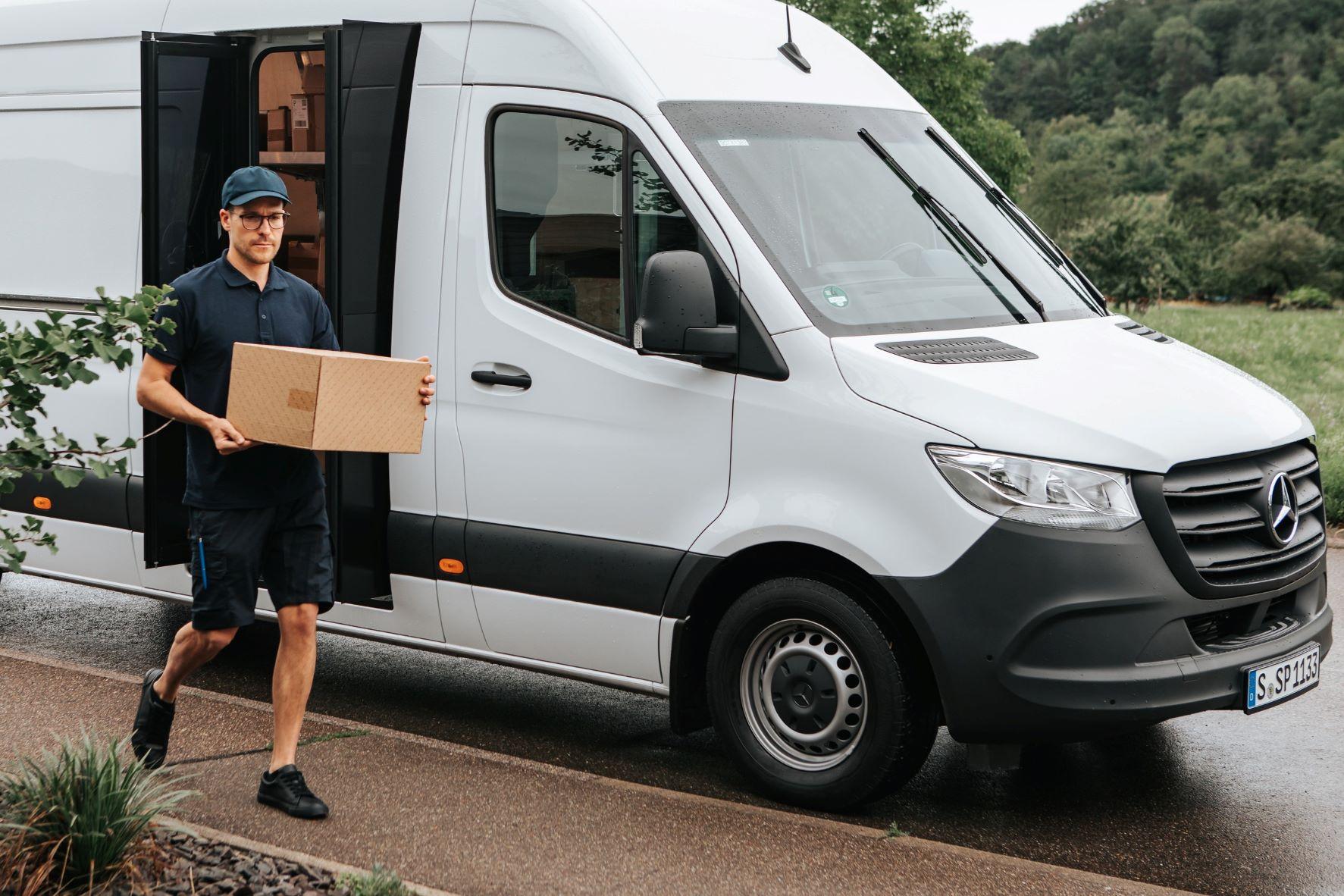 Mercedes-Benz Speed Delivery Door