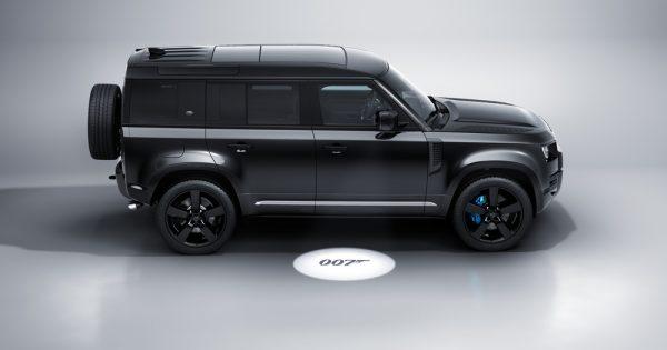 Novi Land Rover Defender V8 Bond Edition