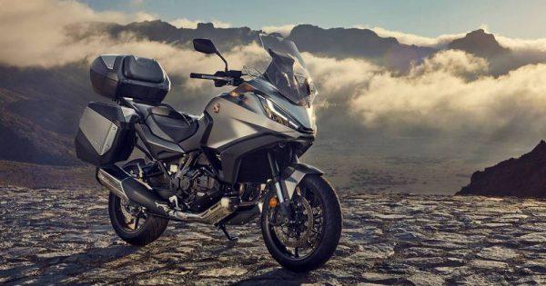 """Honda predstavila NT1100 – motocikl """"New Touring"""" doba za 2022."""